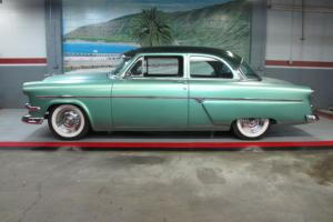 1954 Ford Customline..Outstanding Paint..This car is Done!! Dry Arizona Car !!