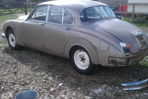 jaguar mk2 1964 2.4 manual restoration project  Photo