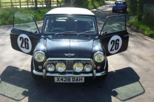 Retro Mini Cooper Photo