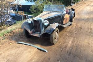 1951 MG TD Base Photo