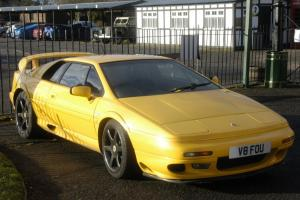 LOTUS ESPRIT V8 TURBO YELLOW 31000 miles