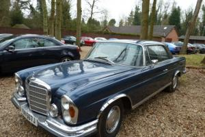 W111 MERCEDES 280SE 3.5 COUPE AUTO BLACK LOW GRILL NOT W108