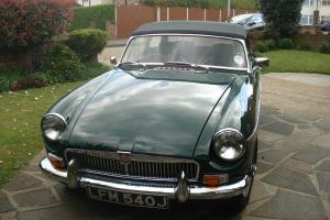 MG B 1971 Classic Car British Racing Green  Photo
