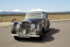 1953 Bentley R Type Manual RUST-FREE from USA! Photo