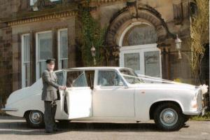 1985 DAIMLER DS 420 LIMOUSINE AUTO WHITE EX-WEDDING VEHICLE WELL LOOKED AFTER