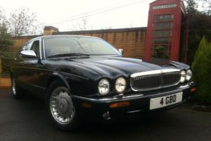 Daimler 4.0 V8 LWD Green Metallic 29,000 miles 1 Owner NOT Bentley Turbo R Photo