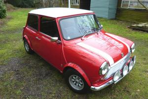 CLASSIC 1970 MORRIS MINI COOPER S 1275 IN RED