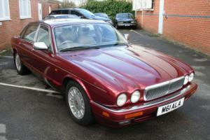 Daimler 6.0 Saloon Jaguar XJ V12 XJ12 Photo