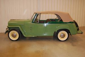 Willys : jeepster Tan