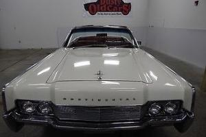 Lincoln : Continental White/Red/White All Elec Work Restored and Ready