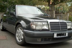 1993 MERCEDES 500E Genuine car, LHD, Blue-black, outstanding condition, low mile