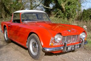 TRIUMPH TR4 UK market RHD (Restored) Photo