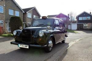LONDON BLACK TAXI, EXCELLENT CONDITION, NEW LUXURY LEATHER INTERIOR Photo