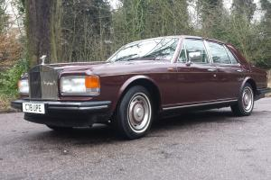ROLLS ROYCE SILVER SPIRIT Photo