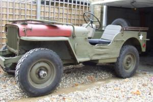WILLYS JEEP WITH TUB THAT HAS SEEN SERIOUS WW2 ACTION
