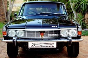 1971 factory black Rover P6 3500 Photo