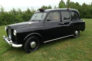 1967 Austin FX4 London British Taxi Cab Photo