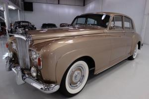 1965 BENTLEY S3 SEDAN, 1 OF 171 PRODUCED WORLDWIDE LAST YEAR PRODUCTION!