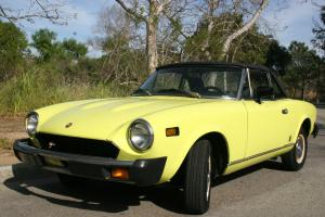 PRISTINE VINTAGE YELLOW CONVERTIBLE FIAT124 SPIDER 1975 - A COLLECTOR'S ITEM!!