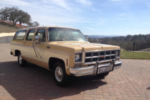 1977 GMC Suburban low low miles, I am second owner