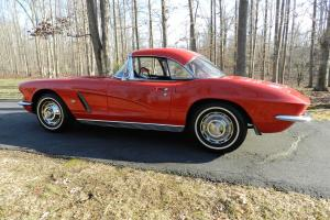 1962 CORVETTE TWO TOPS MATCHING NUMBERS