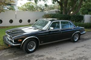 1987 JAGUAR XJ6 - Classic -Mint condition