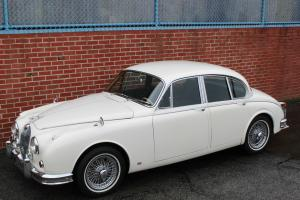 1967 Jaguar Mark II 3.8 with 5-Speed Photo