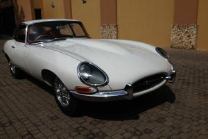 Jaguar E-type Series 1 1966 Photo