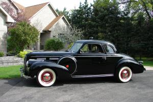 1940 LaSalle Coupe Photo