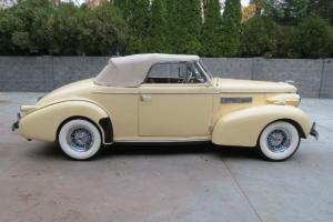 1939 LaSalle Convertible Photo