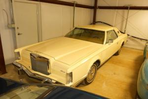 1977 Lincoln Mark V 2 Door Hardtop Coupe