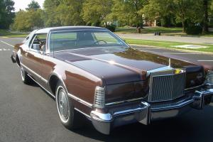 1976 Lincoln Mark IV Brown Exterior with White/Brown Interior