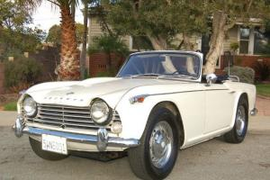 1967 Triumph TR4A Roadster Photo