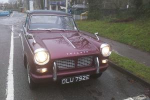 triumph herald 1200 Photo