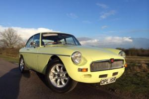 "MGB GT Sebring Evocation, 73000 miles FSH, 15"" Minilites, Leather"