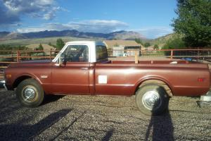 1970 GMC C25 TRUCK LONG BED