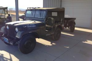 1952 Willys M38A1 Photo