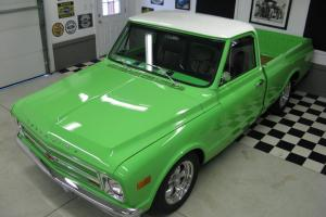 CUSTOM SHORT BOX, FUEL INJECTED, BAGGED, 700R4 TRANS, MUST SEE
