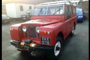 LANDROVER SERIES 2A 109 12 SEATER COUNTY STATION WAGON WITH SAFARI ROOF IN RED Photo