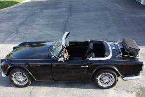 63 Triumph TR4 Photo
