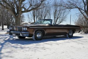 Oldsmobile : Eighty-Eight Delta 88 Royale