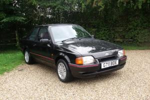 1990 FORD ESCORT XR3 I ONE GENTLEMAN OWNED FROM NEW ONLY 52.000 MILES SUPERB