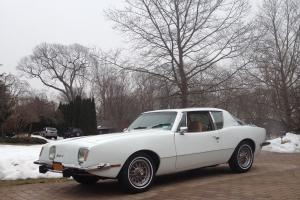 1977 AVANTI II with 350 Corvette Motor - Turbo 400 Transmission