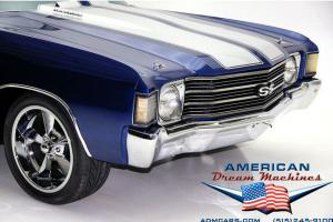 1972 CHEVROLET CHEVELLE WITH BUCKET SEATS