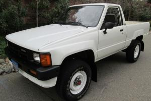 Toyota : Other 4WD A/C Short Bed Truck 84 85 87 88 89 4X4 Tacoma