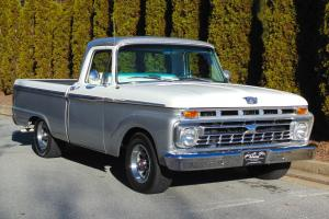 Excellent Condition Ford Muscle Truck w/429 Big Block!