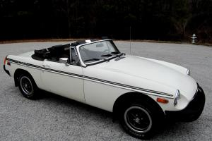 GREAT LITTLE CONVERTIBLE READY FOR THE ROAD!  Watch Video! Photo