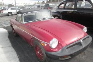 1974 MG MGB CONTVERTIBLE NO RESERVE