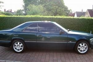 CLASSIC MERCEDES E320 CE AUTO PILLARLESS COUPE STUNNING CONDITION THROUGHOUT