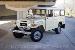 1981 TOYOTA HJ47  TROOP CARRIER DIESEL 4X4 FRESH RESTORATION